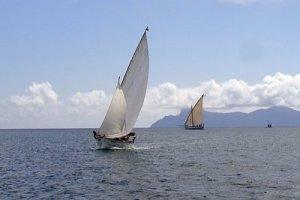 mar amb barques de vela_